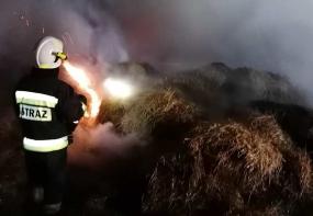 Pożar balotów z słomą w Jerzkowicach