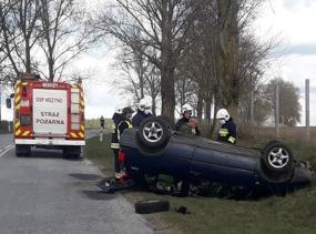 Wypadek drogowy na trasie Nożyno - Kleszczyniec